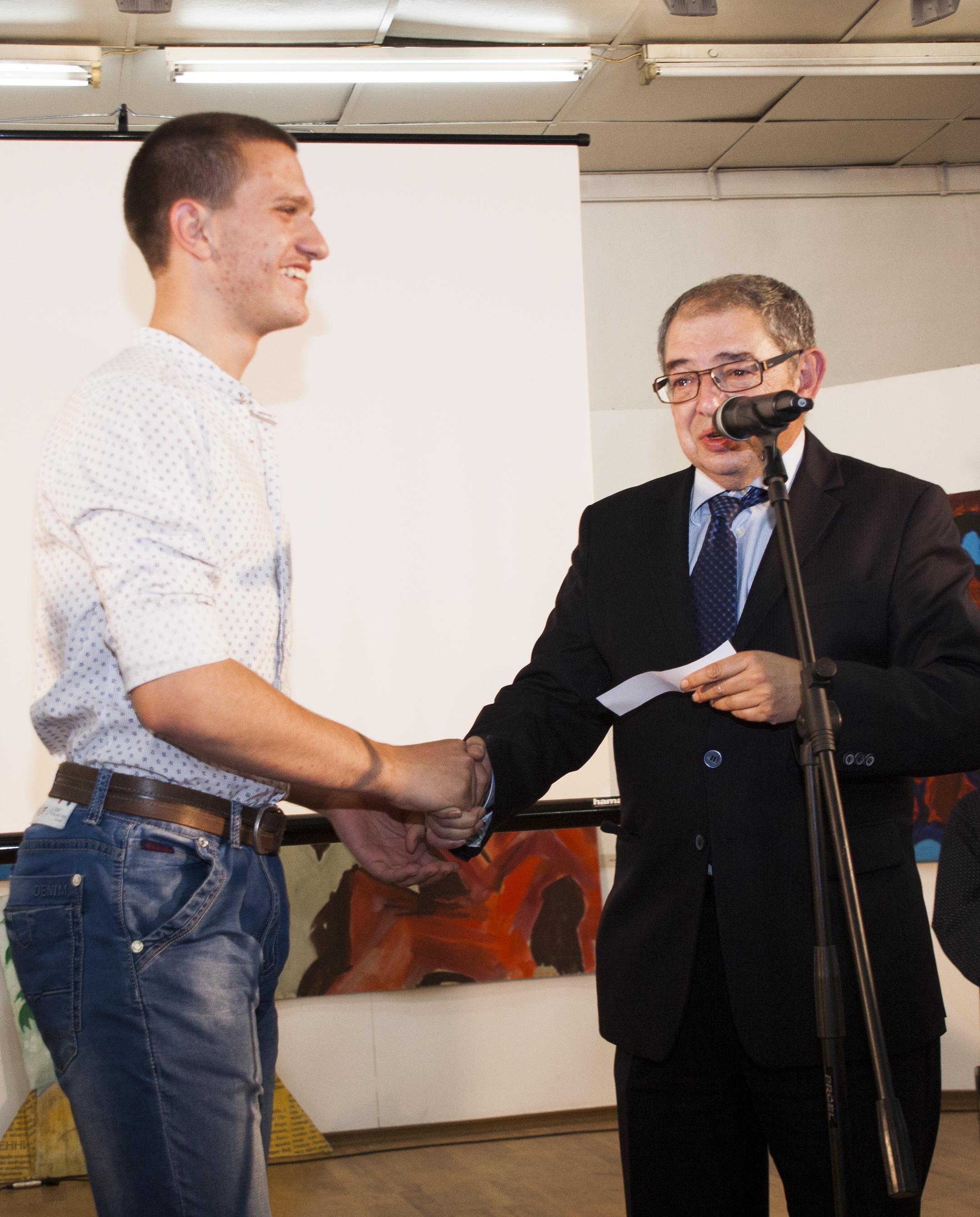 """Изявени дейци на културата наградиха победителите в третия литературен конкурс на """"Алеф"""""""